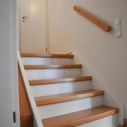 Treppe Treppenbau Schreinerei Mullers & Startz Buche Edelstahl Vorher-Nachher 03